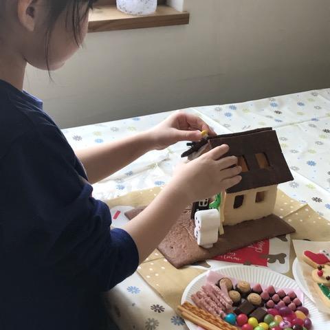 お菓子の家を作ろうイベント 大盛況!