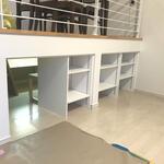 新しく棚を作る工事を行いました(一部施工中の写真です)