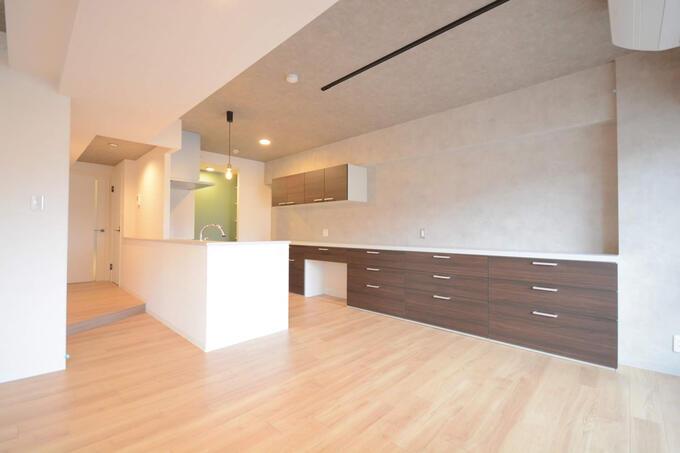 開放感も収納も完璧なキッチン