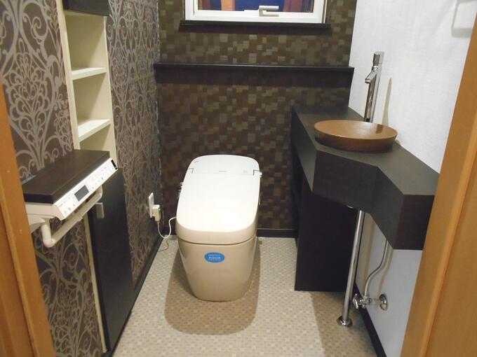 ゴルフ場にあるような素敵なトイレ